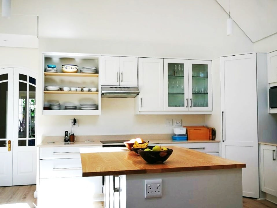 Get inspired with our kitchen design gallery rock on wood for Kitchen renovations cape town