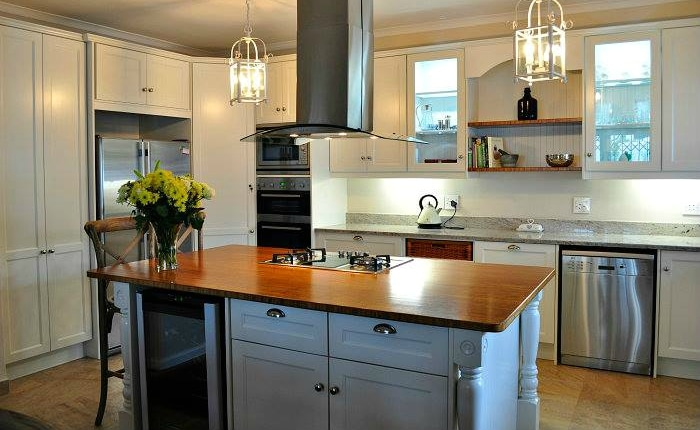 Maximise your space with kitchen islands