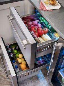Undercounter kitchen storage