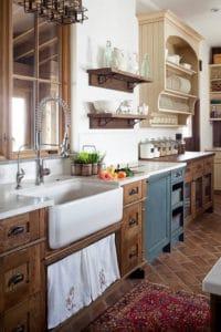 A farmhouse kitchen